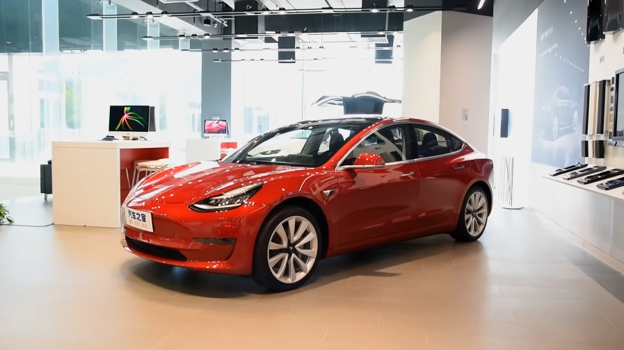 Tesla Model 3 (Source: China AutoReview)