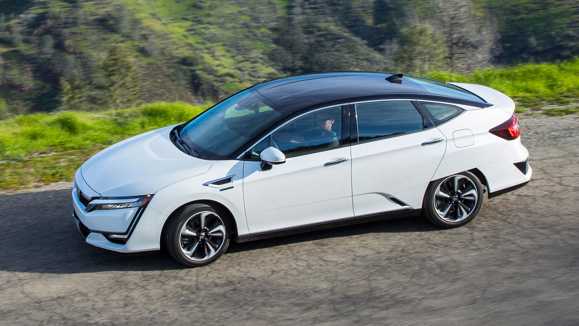 EV Comparison: 3 Flavors Of Honda Clarity: PHEV, BEV & Fuel